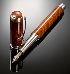 Beeswing nara and stainless steel fountain pen with 14K gold nib
